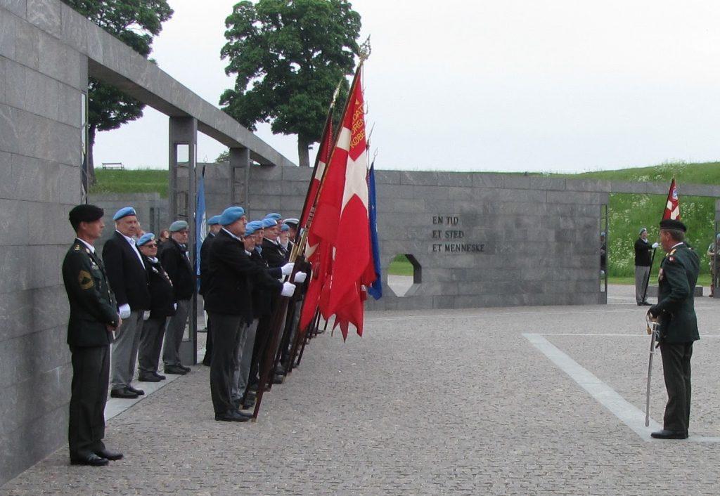 Parade til ære for alle udsendte til internationale fredsbevarende missioner.