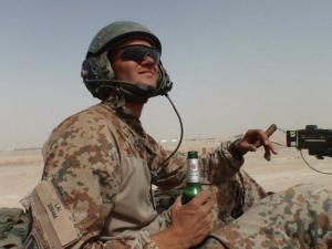 Hvordan man skal håndtere dating nogen i militæret